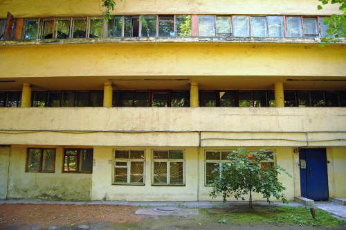 Narkomfin, Front of Residence Hall, Moscow, Russian Federation, 2009